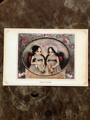 画像2: 吉田キミコ ポストカード(油絵・天使と双子とお人形)